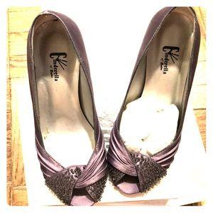 Grey Satin Beaded Peep-Toe Heels. US Sz 2.5M CoB